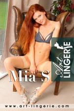 Mia S